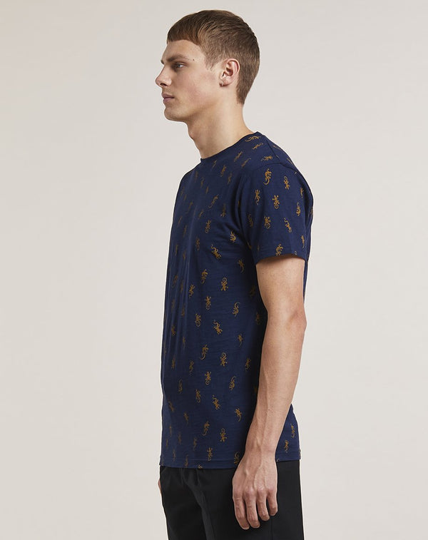 BELLFIELD GIDA LIZARD PRINT MENS T-SHIRT | NAVY