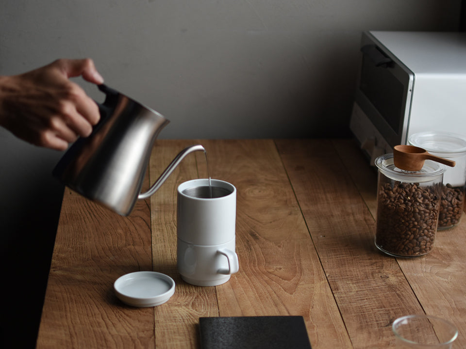 Brewing with FARO: Compact but elegant coffee brewer