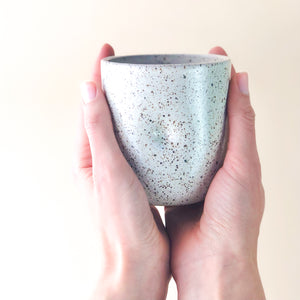 Cozy Cup // Speckled white
