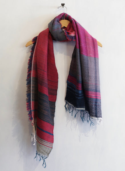 Tamaki Niime Roots Shawl (Red/Dark Blue)