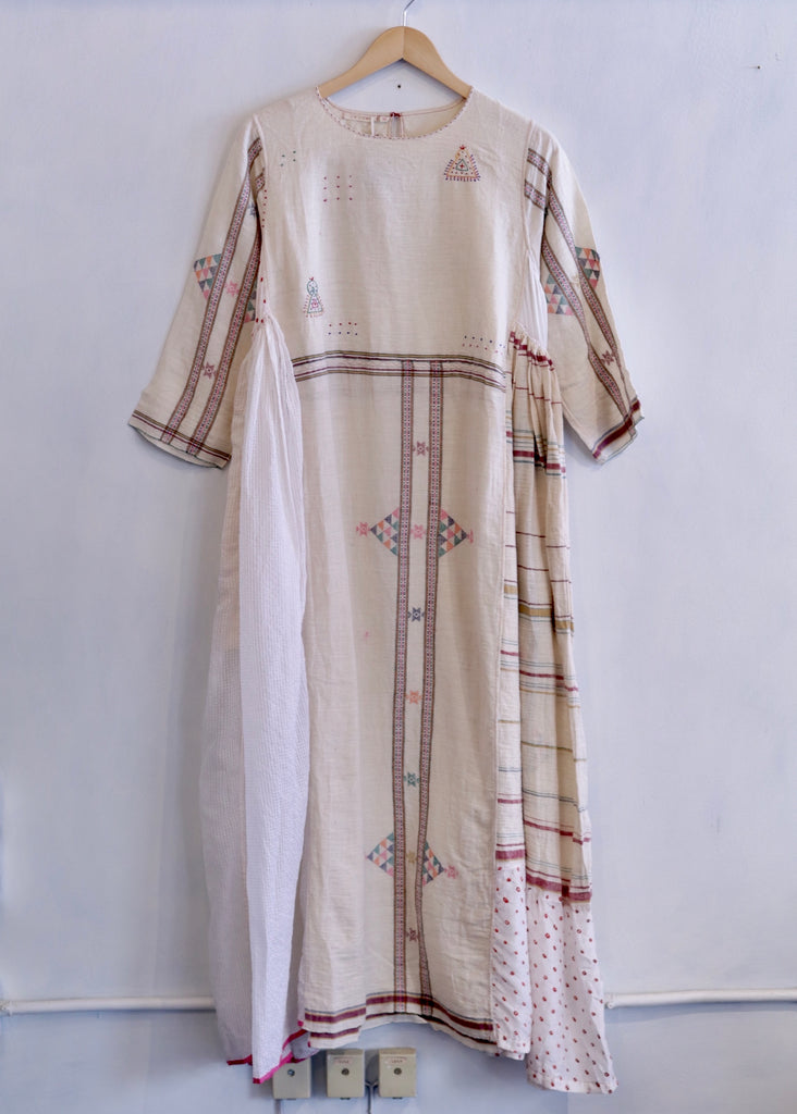 Injiri Charbagh-02 Dress