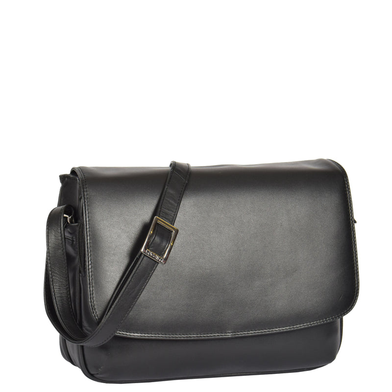 ladies bag with back zip pocket
