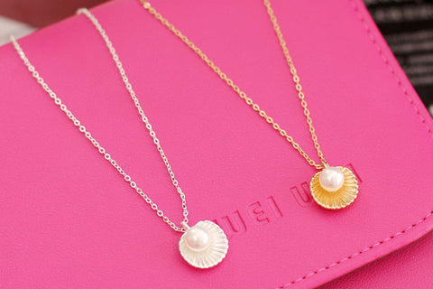 Image of Cute Pearl Shell Necklace - Prography Gear