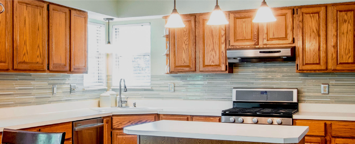 Four easy ways to refresh your kitchen with flexible caulk strips from InstaTrim<sup>®</sup>.