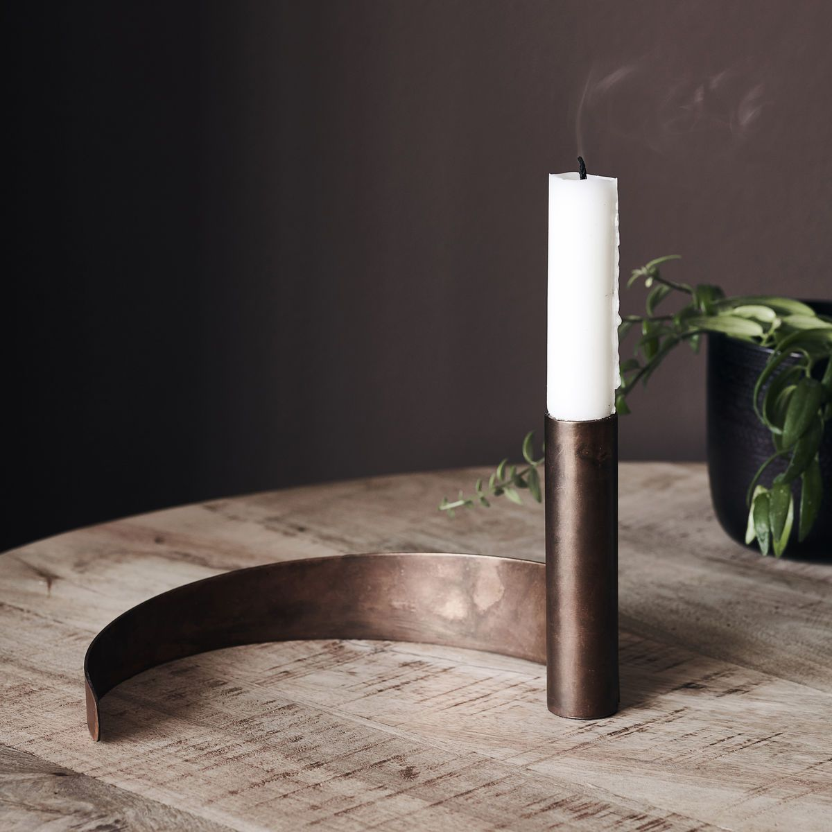 CANDLE STAND, AMBUR, ANTIQUE BROWN I am Nomad