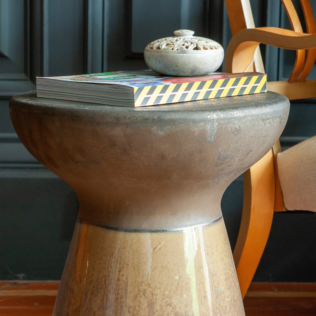 STONE SIDE TABLE / STOOL I am Nomad