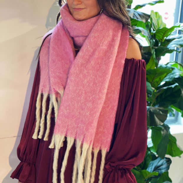 Color Punch Scarf 1