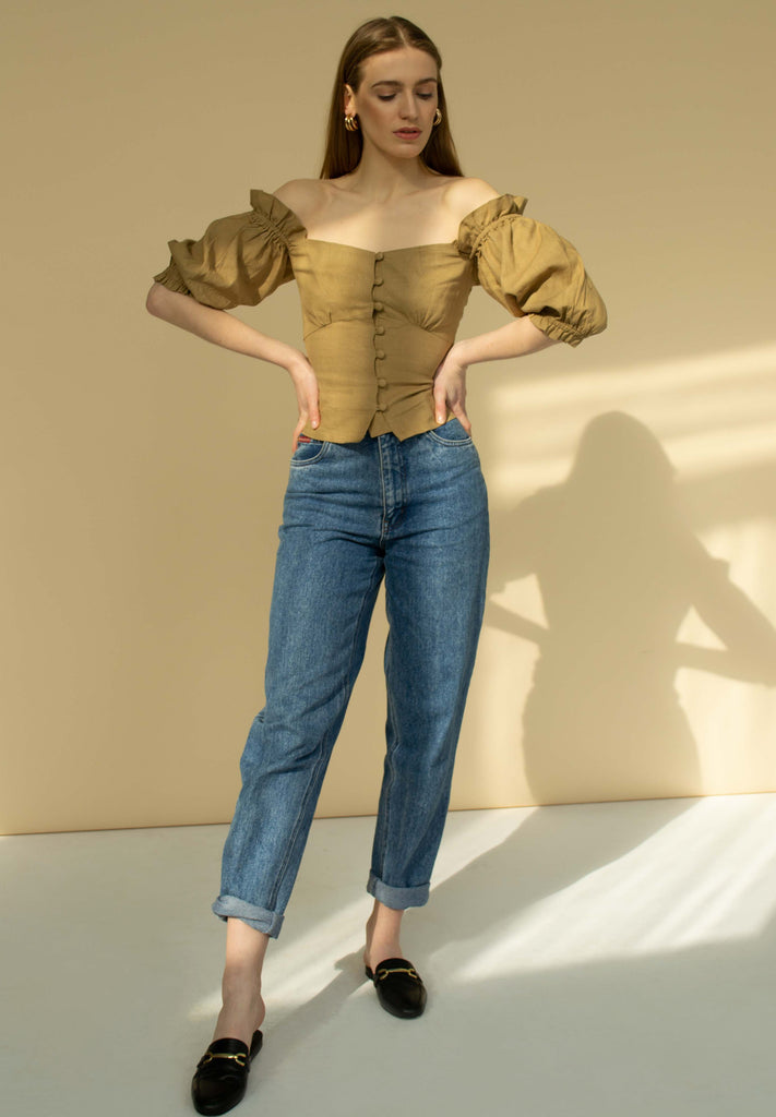 Off the shoulder signature linen top