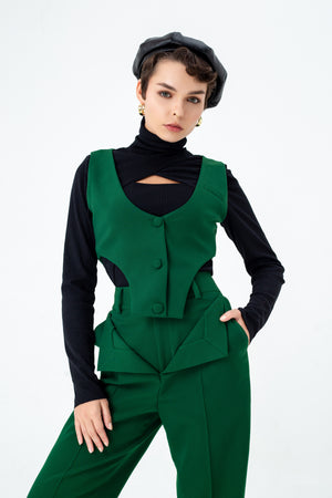 Cut out vest coat in green emerald
