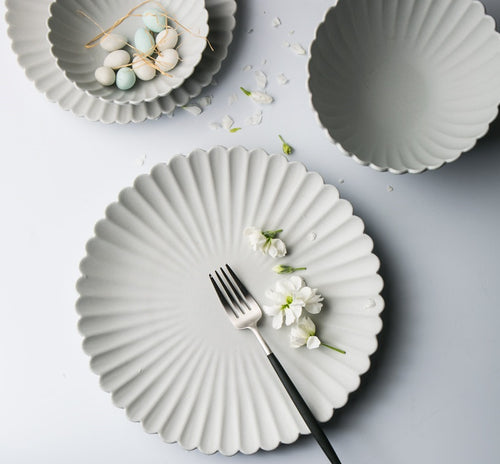 Mill MaisonMill Maison SERENE WHITE MATTE SCALLOP FLOWER DESIGN PORCELAIN CERAMIC FORMAL DINNERWARE PLATE BOWL SET - Home Decor SERENE WHITE MATTE SCALLOP FLOWER DESIGN PORCELAIN CERAMIC FORMAL DINNERWARE PLATE BOWL SET - Home Styling Ideas