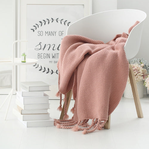 Mill MaisonMill Maison AMALEE CONTEMPORARY LIVING KNITTED LUXURY THROW BLANKET - Home Decor AMALEE CONTEMPORARY LIVING KNITTED LUXURY THROW BLANKET - Home Styling Ideas