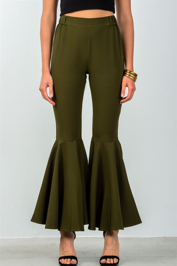 Mid-Rise Flared Out Pants in Olive