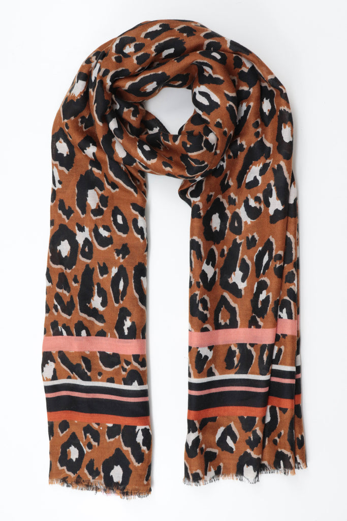 Leopard Print Pattern Scarf - Brown
