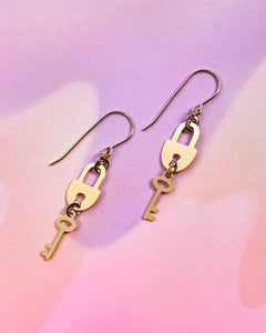 Parabilis Earrings - Lock & Key