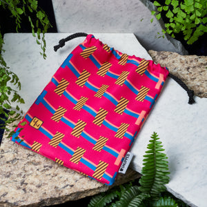 Towers Magenta Pouch