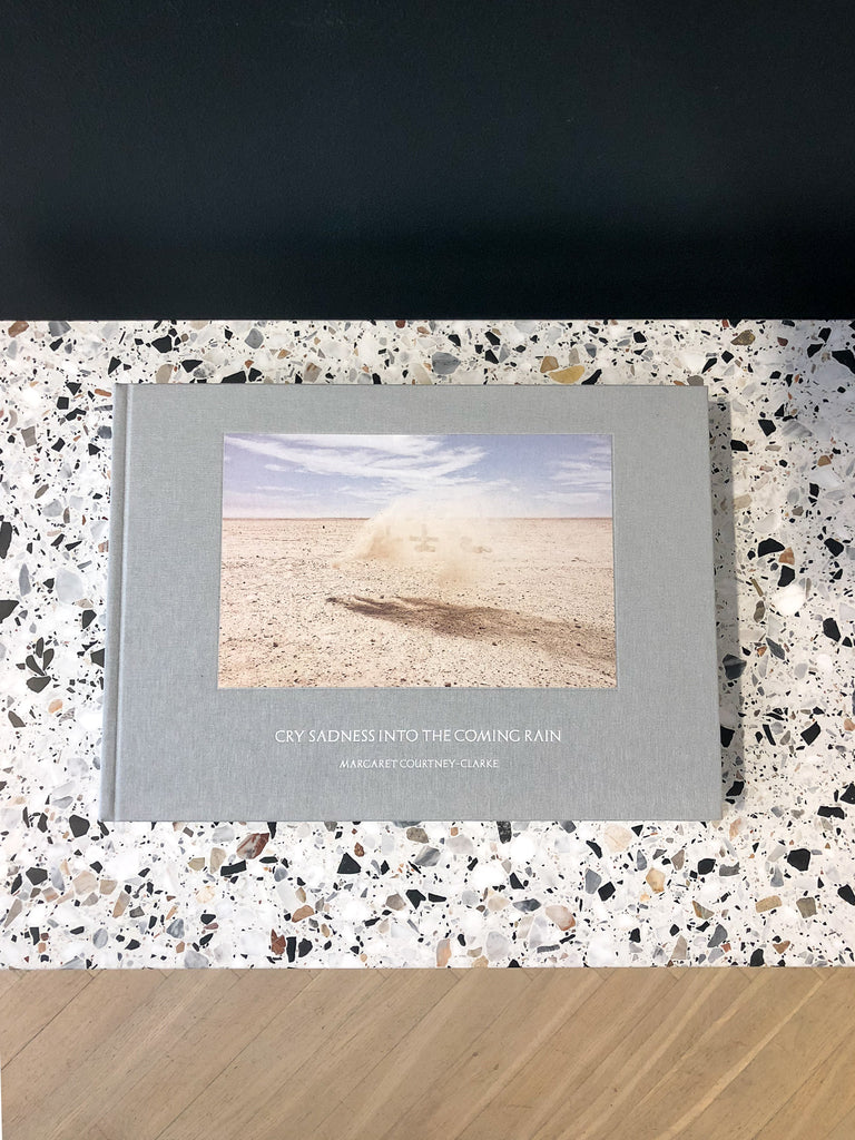 Steidl Verlag, Margaret Courtney-Clarke, Cry sadness into the coming rain