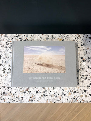 Steidl Verlag, Steidl förlag, Tyskland, Germany, Cry sadness into the coming rain, Margaret Courtney-Clarkes, Namibia, bok, book