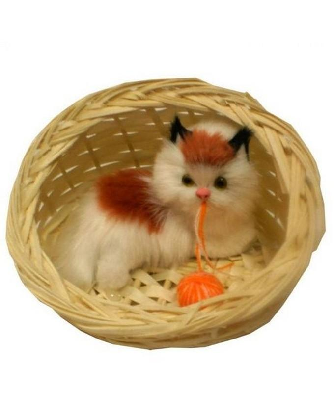 Cat in Basket with Music - White