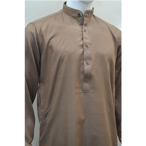 Kostume Brown Kameez with White Shalwar