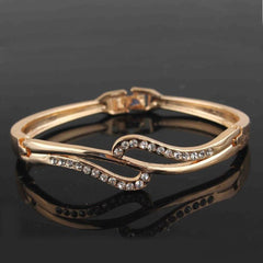 Shopping Mania Fashionable Gold Filled Crystal Bracelet Bangle