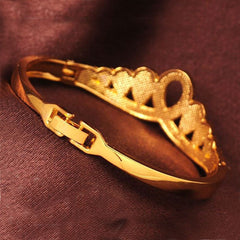 Shopping Mania Gold Filled Crown Bracelets