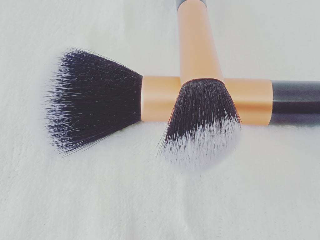 Powder and Angled Contour Brush