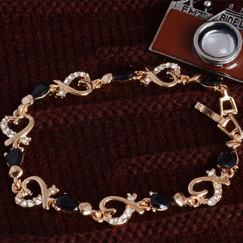 Shopping Mania Love Heart Chain Bracelet