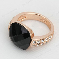 Shopping Mania Black Acrylic Party Ring