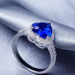 Shopping Mania Blue Heart Diamond Platinum Ring