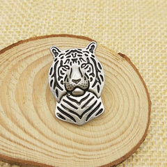 Shopping Mania Tiger Brooch