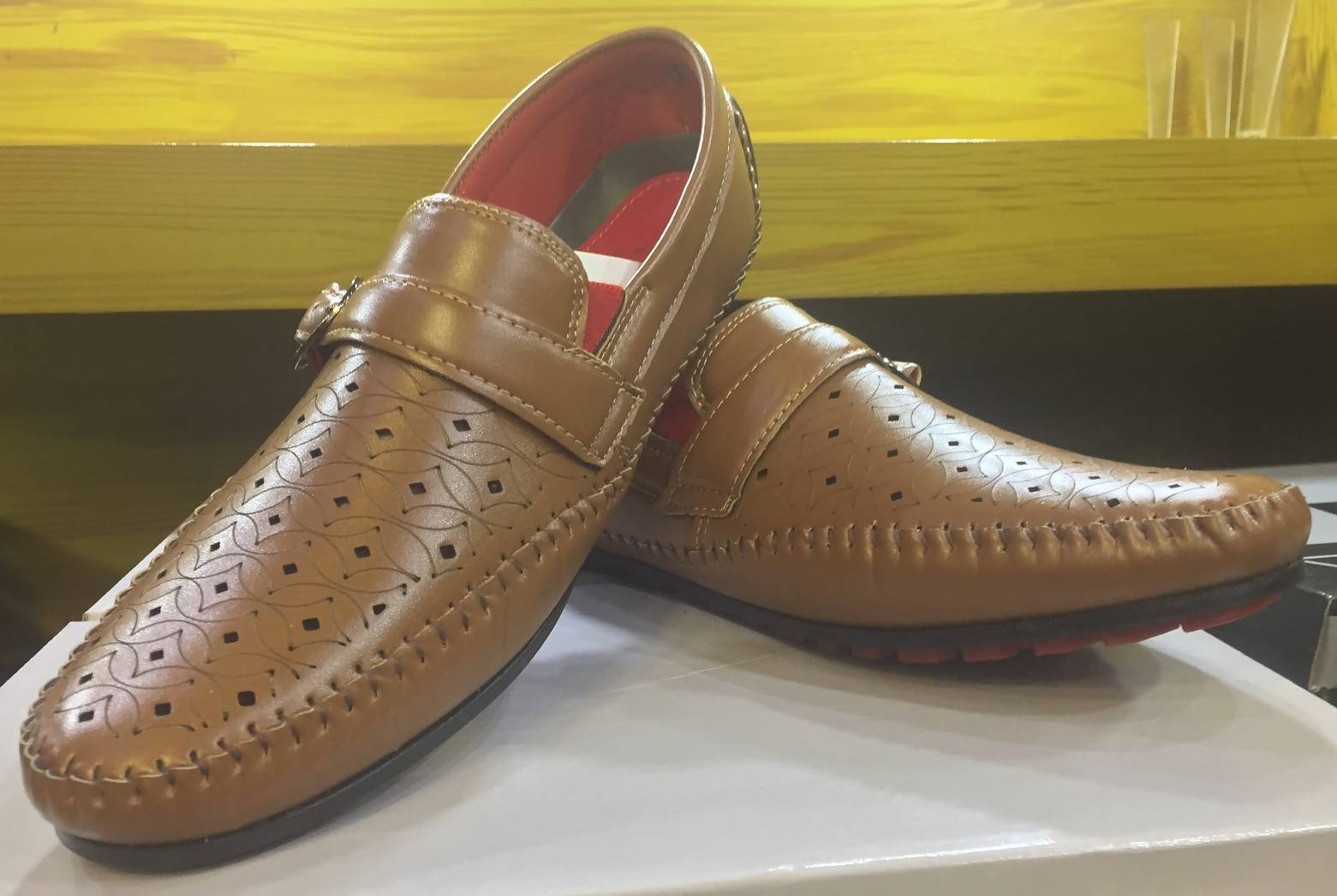 Moccasins / Loafers for Men Best Winter Offer