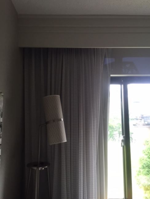 Linen Drapery with Wood Cornice and Curtain Tracks Hardware