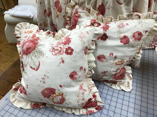 "2 Faded Rose Floral Pillow Shams-18x18 Pillow Covers-2"" Ruffle-Zip Closure"