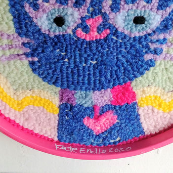 "Pretty Kitty Punch Needle 8"" Round"