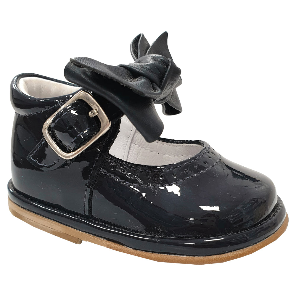 Borboleta Vitoria Patent Shoes Black