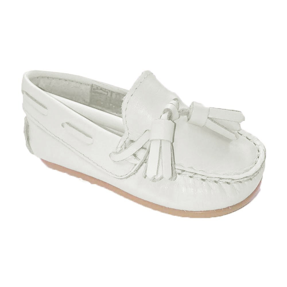 Pretty Originals Leather Tassel Loafer White
