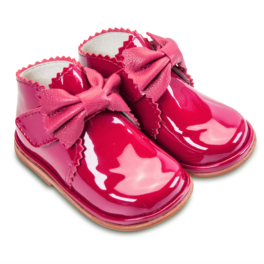 Borboleta Sharon Patent Leather Bow Boots Fuchsia