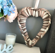 Load image into Gallery viewer, No Needles Needed Blends Heart Wreath - No Needles Needed Chunky Knits