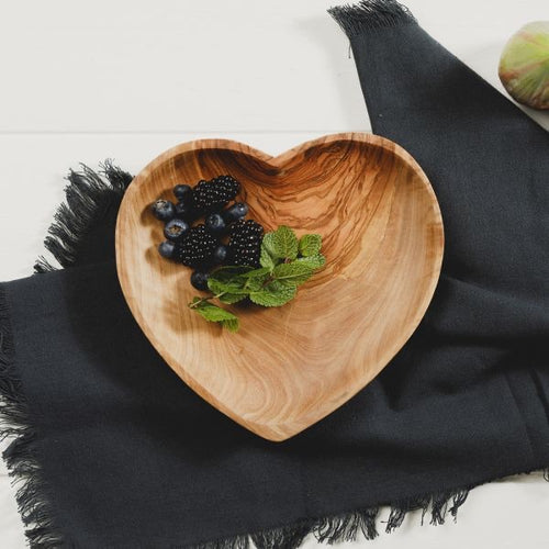 Olive Wood Heart Bowl - No Needles Needed Chunky Knits