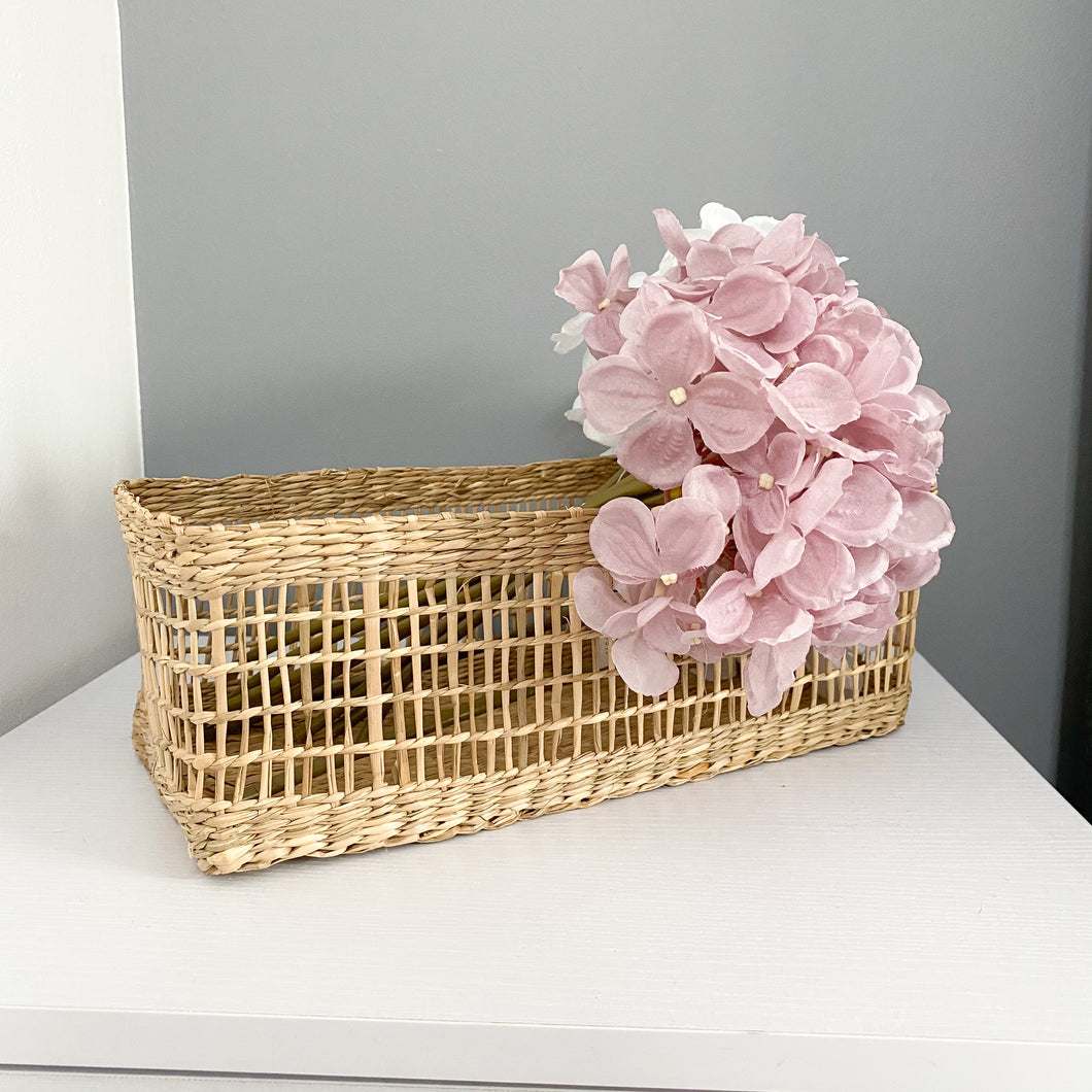 Seagrass Basket - No Needles Needed Chunky Knits