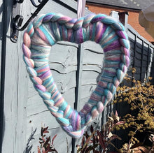 Merino Chunky Knit Heart Wreath - No Needles Needed Chunky Knits