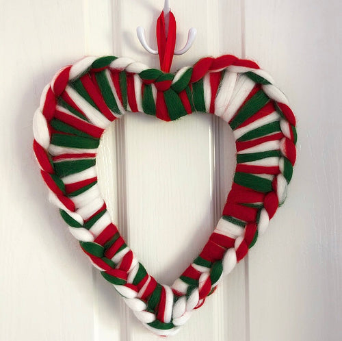 Merino Chunky Knit Heart Wreath - Candy Cane - No Needles Needed Chunky Knits