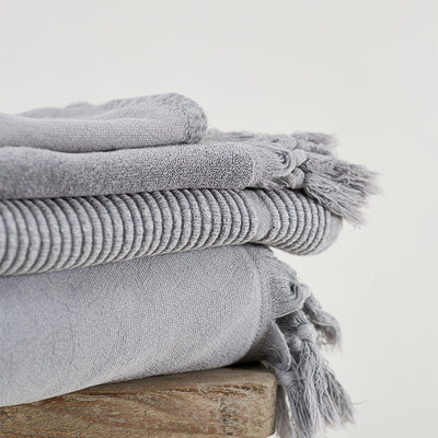 Vintage Wash Bath Towel- Pale Grey