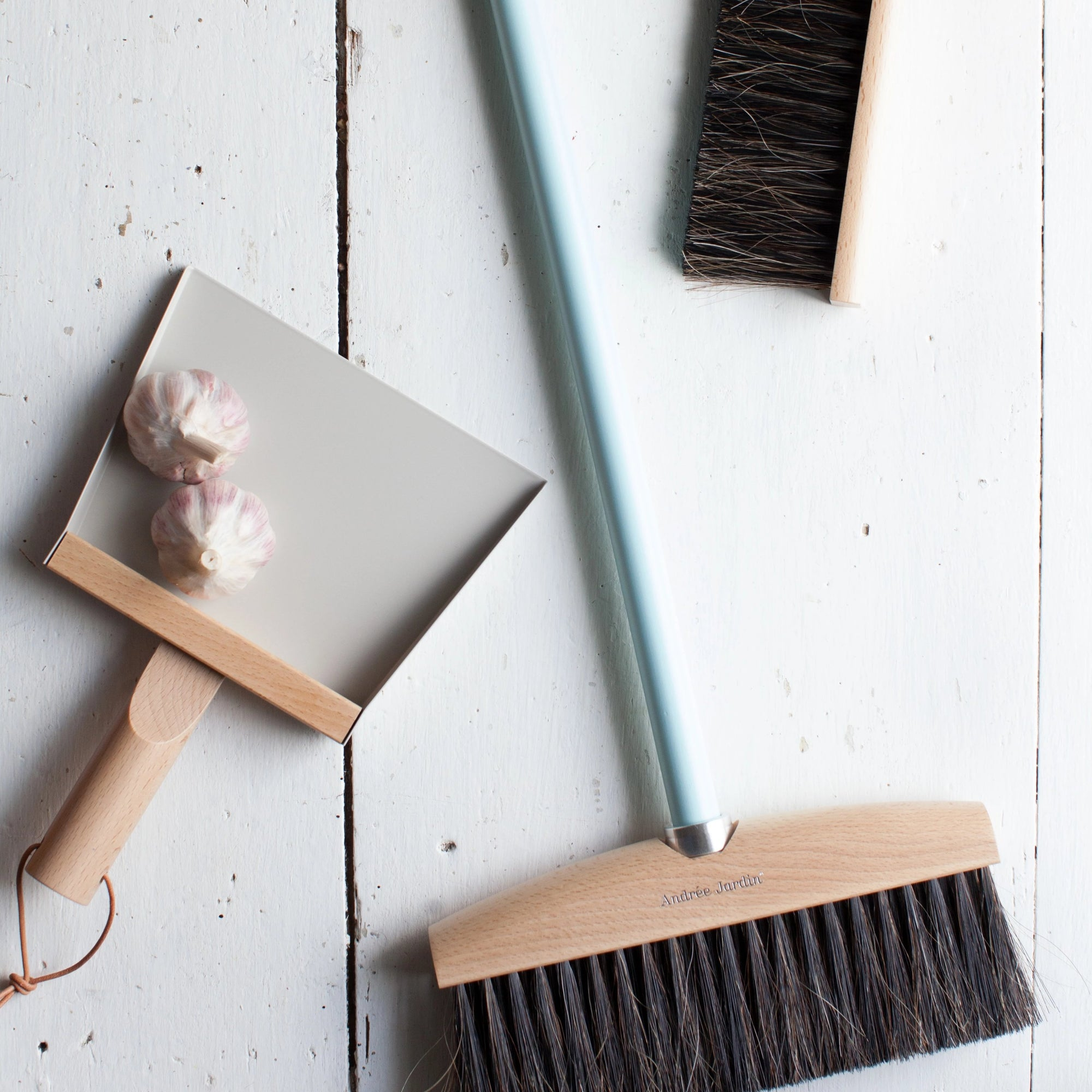 Mr&Mrs Clynk Dustpan- Grey