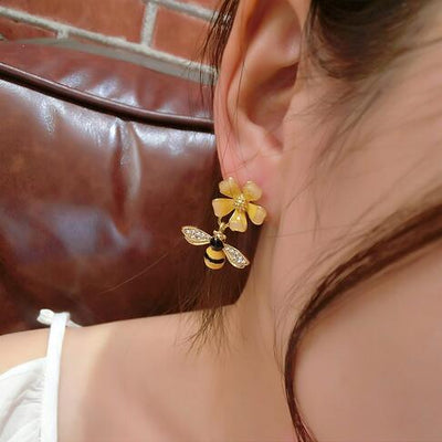 Beeloved Flower Earrings
