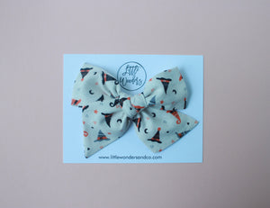 Ella | Hand Tied Bow - Witch's Brew