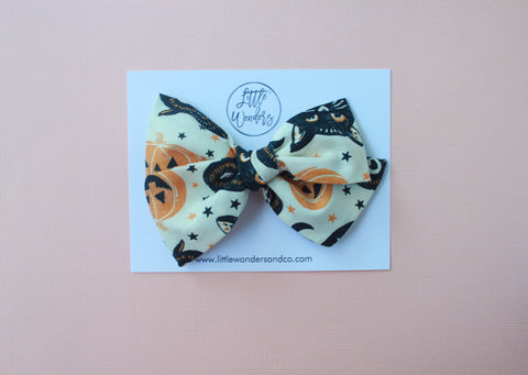 Ella |  Hand Tied Bow - Black Cat