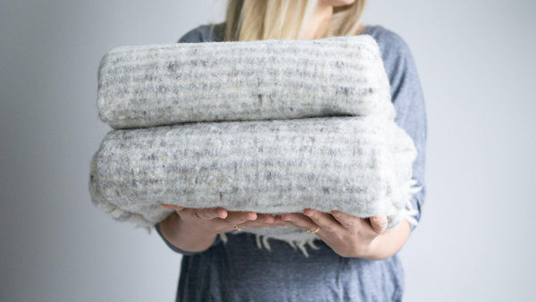 Kala Collective - 100% wool blanket - Grey & Ivory - Handwoven wool blanket - Chamarra Blanket
