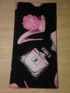 Stilettos\Purses\Perfume Wonder Wallets & Server Books