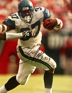 Shaun Alexander Authentic Signed Seattle Seahawks 8x10 (COA) ALL PRO NFL MVP